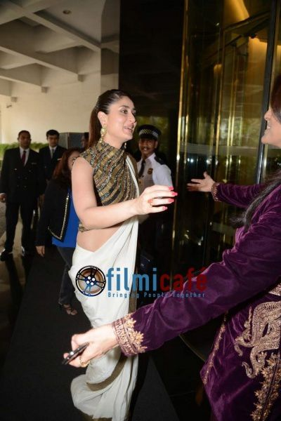 Kareena-Kapoor-at-lunch-in-honour-of-ex-First-lady-copie-1.jpg