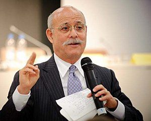 Jeremy_Rifkin_2009_by_Stephan_Rohl.jpg
