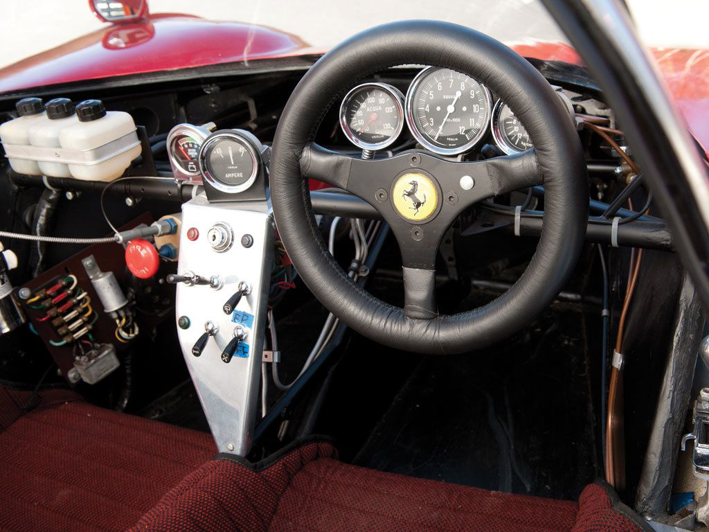 http://idata.over-blog.com/4/15/62/69/Competition-1966-a-1975-Vol-2/1966-Ferrari-Dino-206-S-Spider-5b.jpg