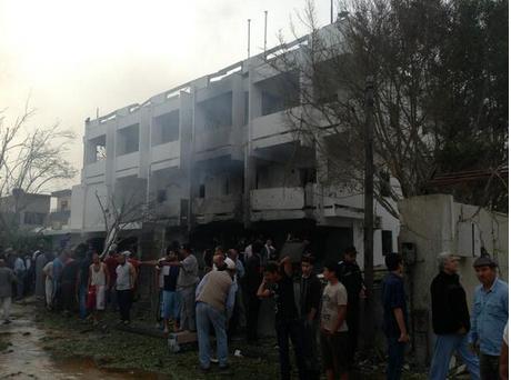 Libye-attentat-ambassade-France.-4.PNG