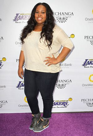 amber-riley-plus-size-jeans