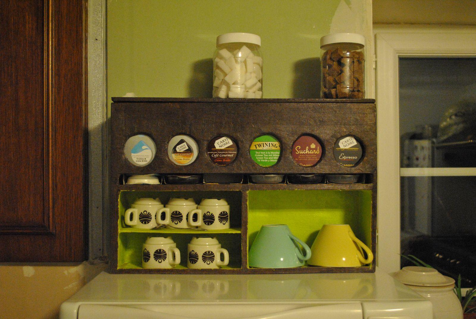 album distributeur dosettes tassimo. Black Bedroom Furniture Sets. Home Design Ideas
