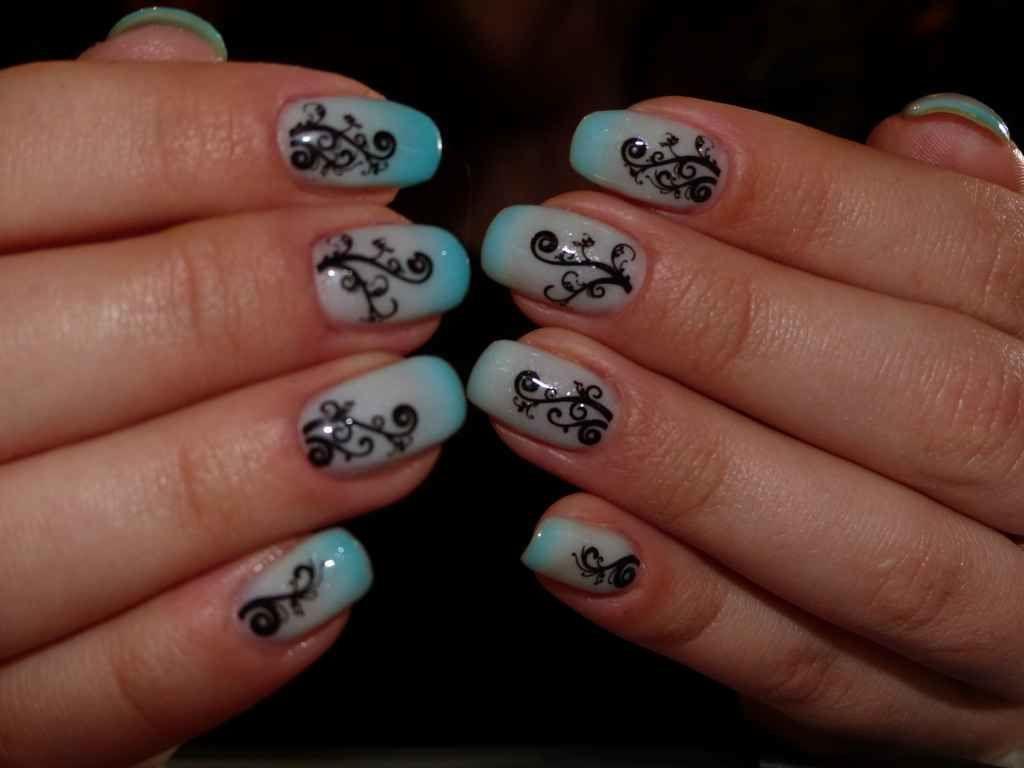 Decoration ongles semi permanent