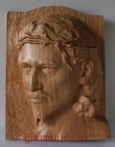 sculpture Christ bois merisier - Serge Huysmans Repliqua 3D: sculpteur, artisan d'art