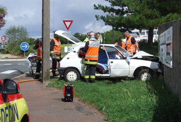 20110826-accident-fbg-daunis-3544