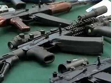 АК-12 Kalashnikov rifle (video still from Channel 1 TV) s