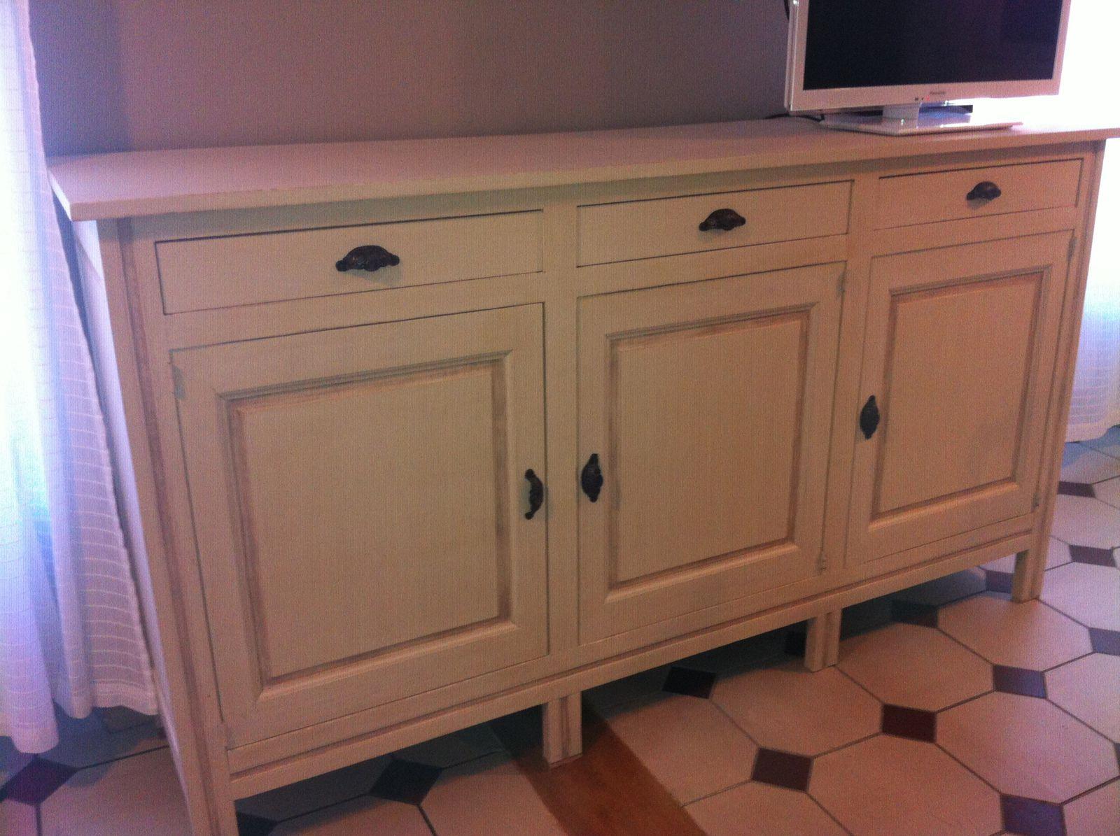 meubles patine pour un relooking dans le style gustavien ambiance patine relooking de. Black Bedroom Furniture Sets. Home Design Ideas