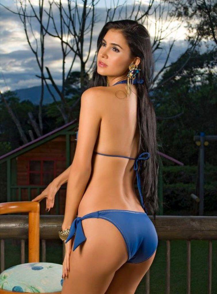 fotos-modelo-bikinis.jpg