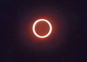 ECLIPSE-ANNULAIRE.jpg