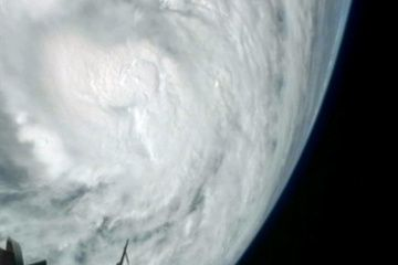 hurricane-sandy-space-station.jpg