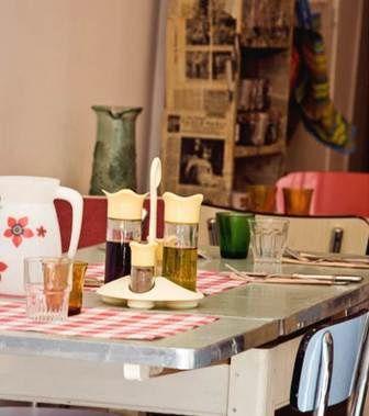 Detail-de-la-table-by-Milk-Mum.jpg