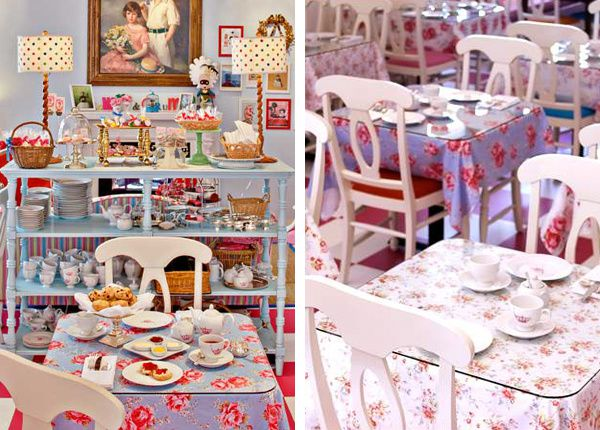 set-up-vintage-alice-wonderland-feel