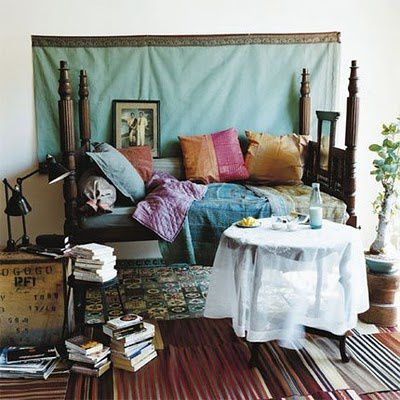 bed-with-books.jpg