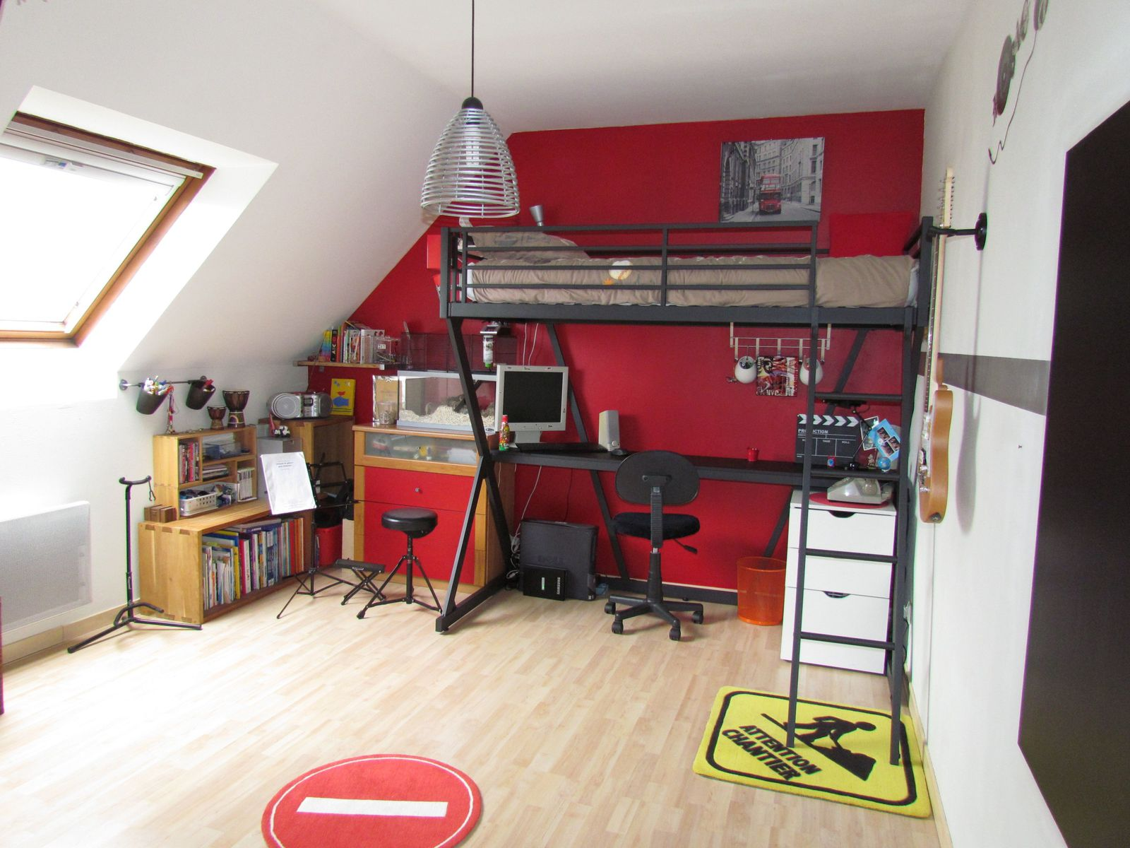Chambre En Rouge Et Gris. Latest Interesting Good Cheap Dco Chambre ...