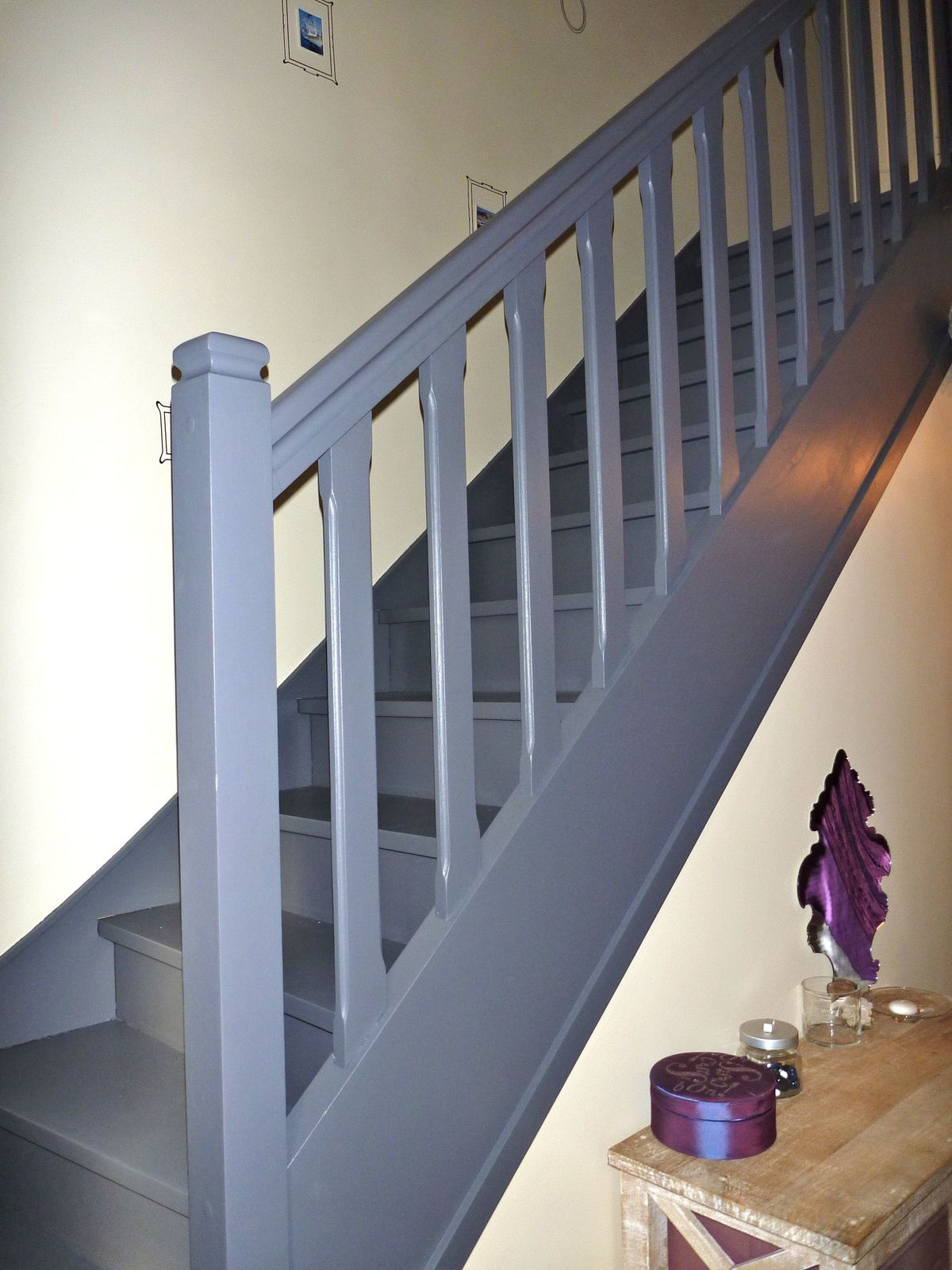 Album album photo relooking pieces la d co by ll for Peindre un escalier en gris