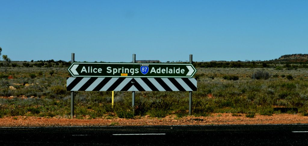 REPORTAGE  AUSTRALIE-ON-THE-ROADHOUSE