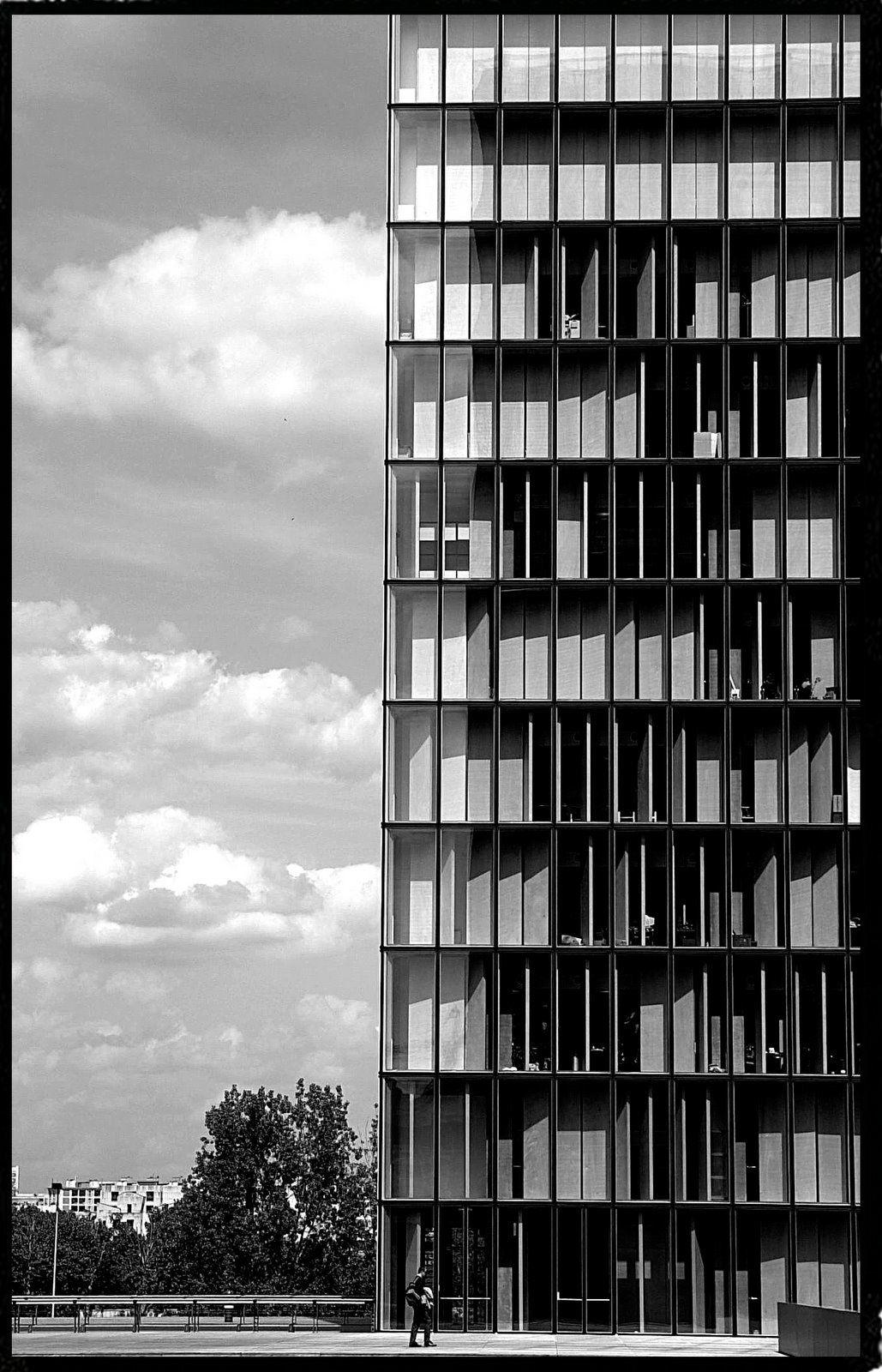 REPORTAGE  PARIS-NOIR-BLANC
