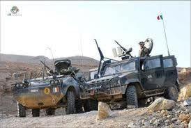 afghanistan-attentato-kamikaze-a-farah-illesi-militari-ital.jpg
