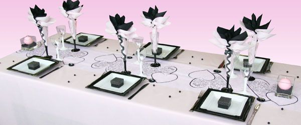 Decoration mariage noir et blanc decormariagetrnds for Decoration table noir et blanc