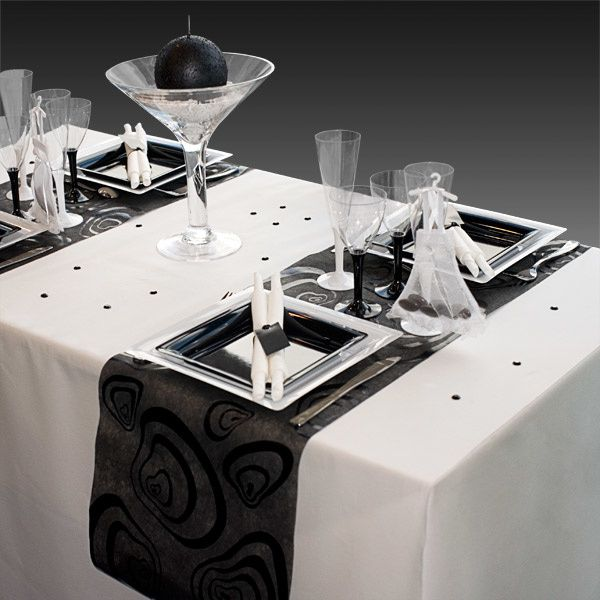 d coration de table de mariage en noir gris blanc d coration f te mariage. Black Bedroom Furniture Sets. Home Design Ideas
