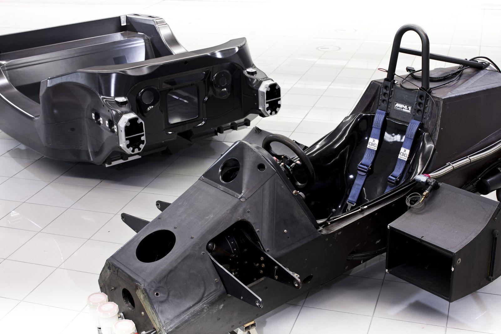 Chassis design of f1 car - 63190_h_mclar Jpg