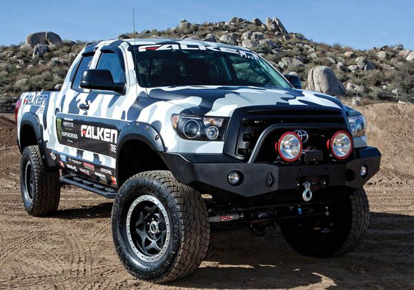 le toyota tundra de ryan villopoto off road generation. Black Bedroom Furniture Sets. Home Design Ideas