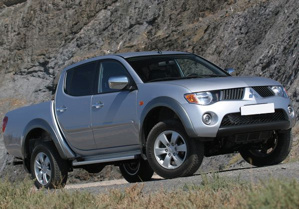 mitsubishi l200 tarifs 2012 off road generation. Black Bedroom Furniture Sets. Home Design Ideas