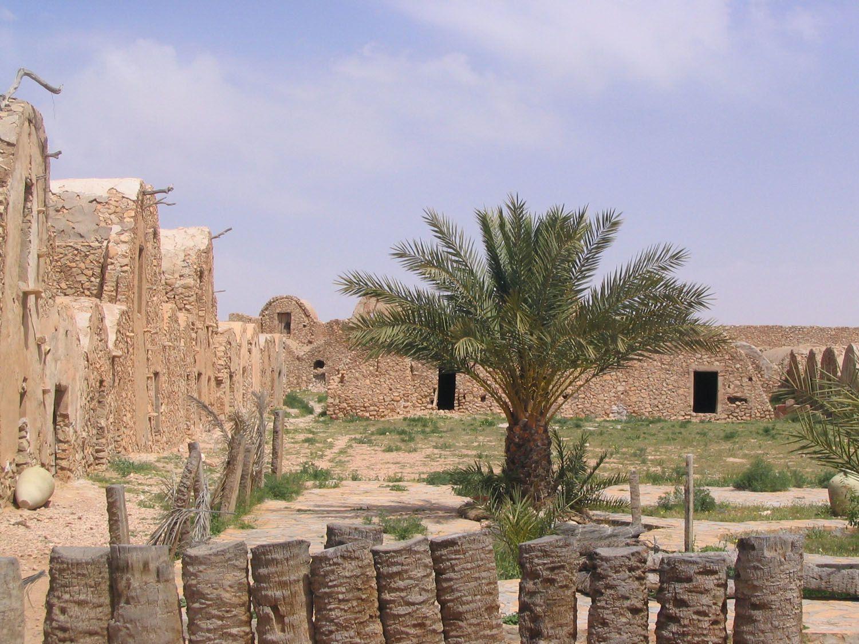 Quelques photos de la région de Zarzis près de Djerba, de Chenini plus au sud...