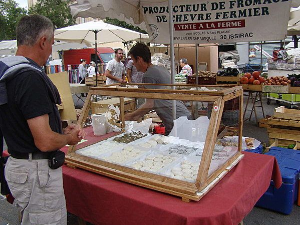 MARCHE-FROMAGER.JPG