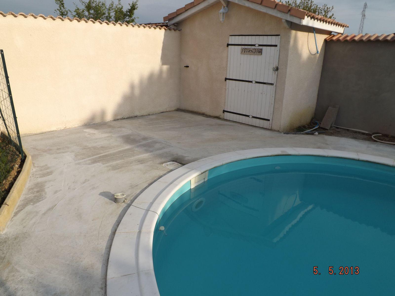 suite travaux sur dalle montage piscine waterair. Black Bedroom Furniture Sets. Home Design Ideas