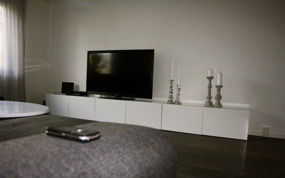 album 5 banc tv besta ikea r alisations clients s rie 2 changement de d cor autour de. Black Bedroom Furniture Sets. Home Design Ideas