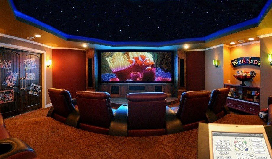 salle home cinema maison homeezy. Black Bedroom Furniture Sets. Home Design Ideas