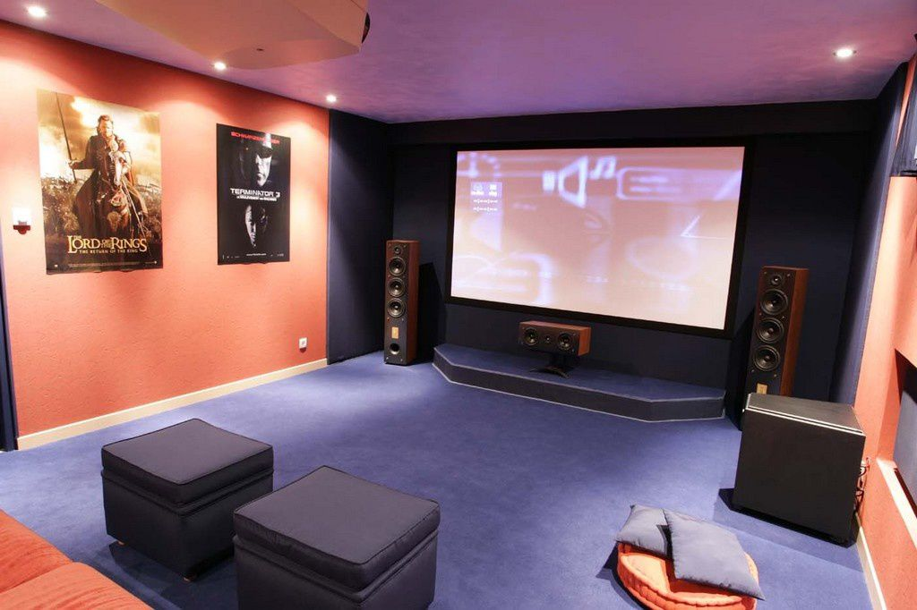 beautiful salle de home cinema 8 le cin ma homeezy. Black Bedroom Furniture Sets. Home Design Ideas