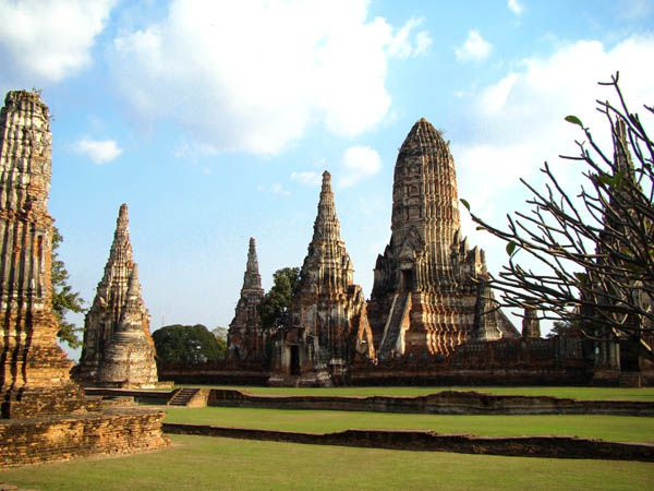 --Wat-Chai-Watthanaram--6-.jpg