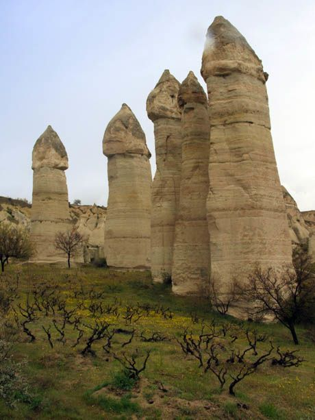 La Vallee De L Amour Et Ses Cheminees De Fees En Cappadoce Turquie