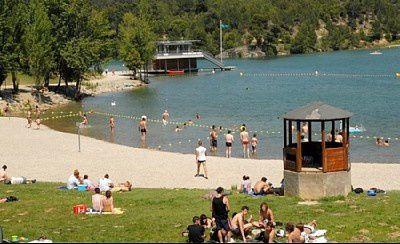 Lac-Cavayere-02.jpg