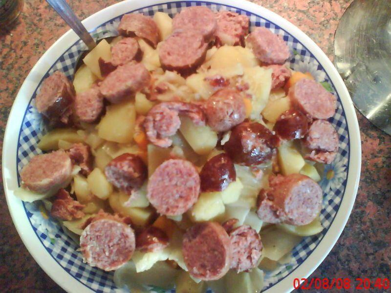 Ragout de pommes de terre aux saucisses de morteau et de monb liard popote de petit bohnium - Recette avec saucisse de morteau ...