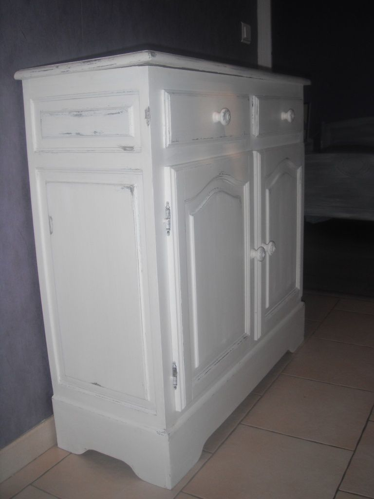 un meuble en pin transform en shabby relooking de meubles meubles patin s d coration. Black Bedroom Furniture Sets. Home Design Ideas