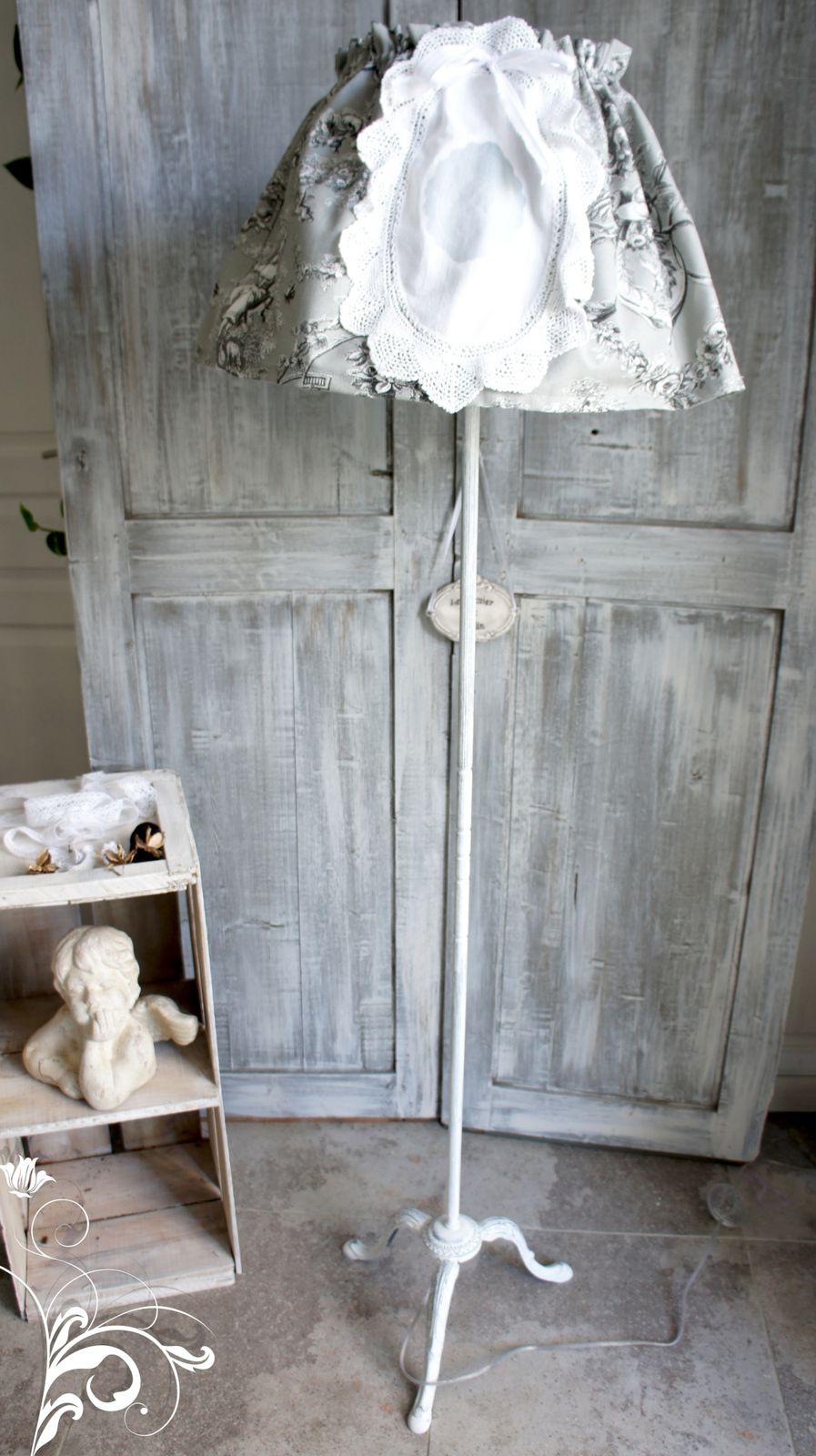 lampadaire romantique relooking de meubles meubles patin s d coration patine cr ation de. Black Bedroom Furniture Sets. Home Design Ideas