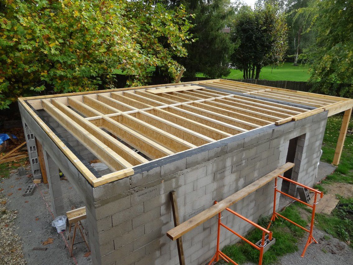 Octobre 2012 le toit du garage le blog de maisonboisbbc for Construction garage parpaing