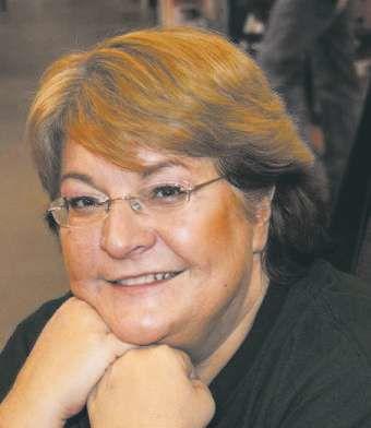 Anne-Robillar.jpg