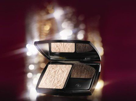 les-scintillantes-collection-noel-chanel-20113.jpg