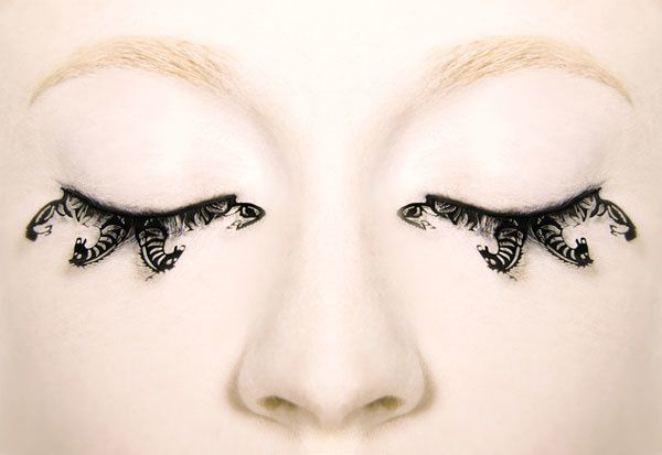 paperself-eyelashes-horse.jpg