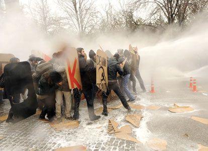 (05.01.2011. Ankara) répression contre les étudiant-e-s t