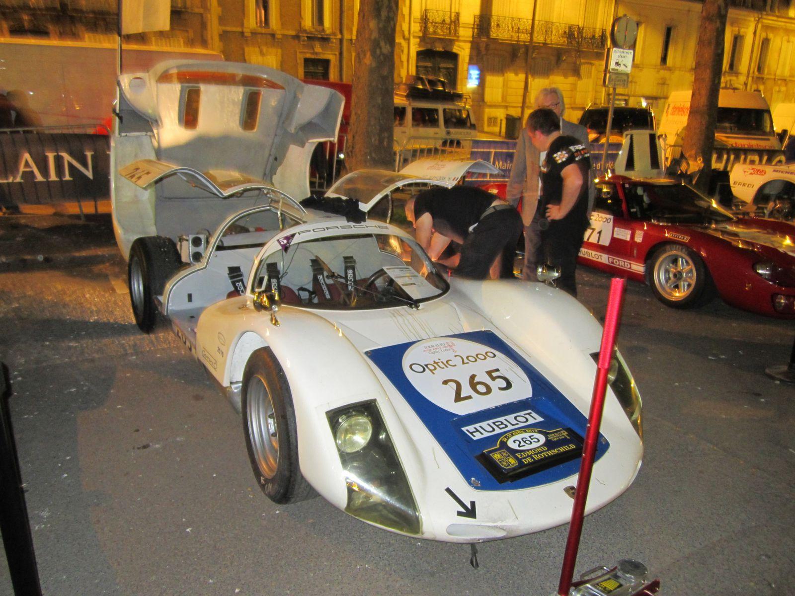 1ère étape du Tour Auto 2013 à Orléans