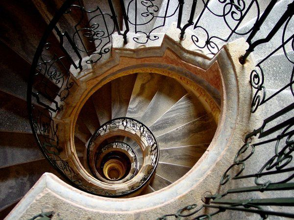 Spiral_Staircase_II_by_Glendor666.jpg
