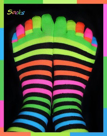 Socks_____by_shadow_kat_ana.jpg