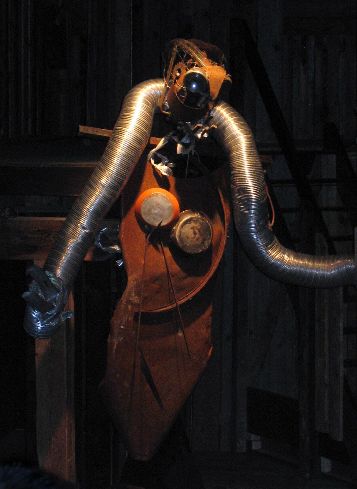 Reprise et adaptation à la Grange Burcklé de Masevaux du spectacle joué en août 2004 au château de Ferrette.