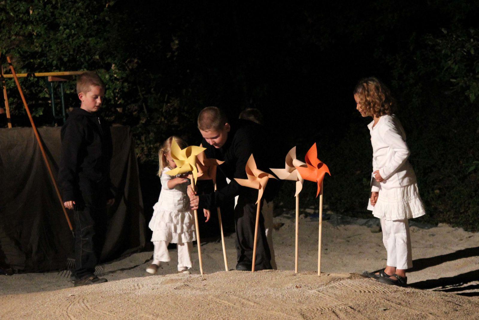 Photos du spectacle des Mattagumber de Mooslargue : Don Quichotte - Acte I - Août 2011(photos Gaby Marck - Jacques Saly)