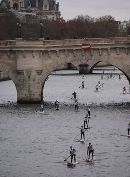 stand up paddle Seine 22
